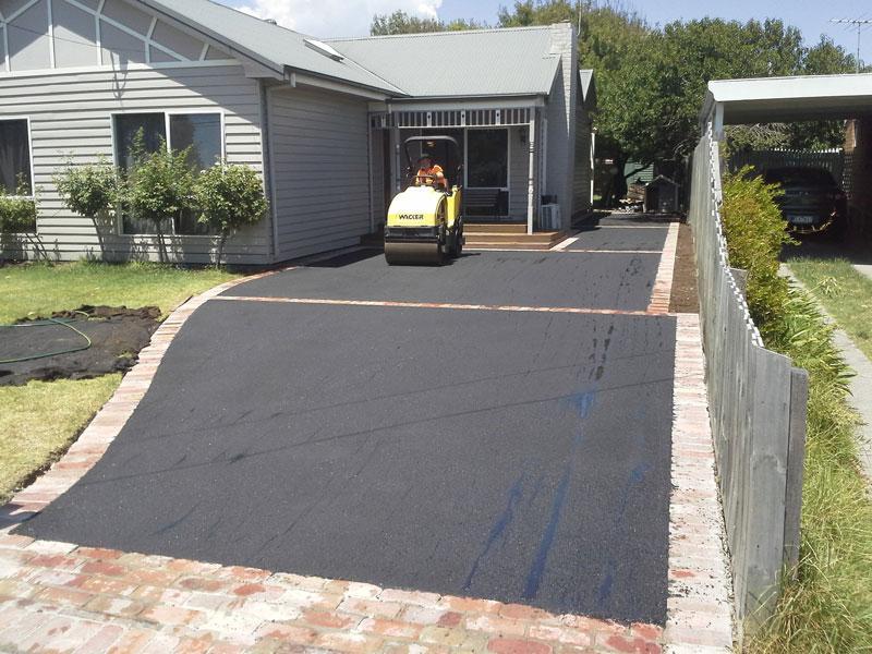 Realizare alei beton/asfalt/pavaj
