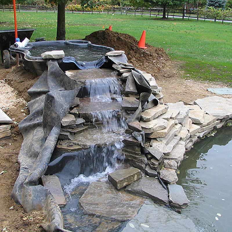 Construcţii iazuri şi cascade