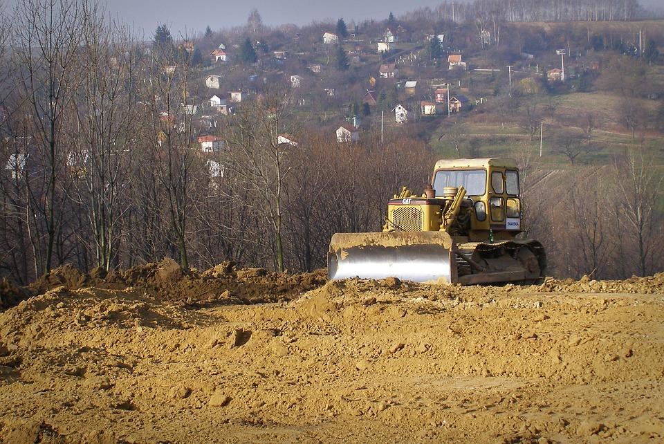 Decopertări terenuri